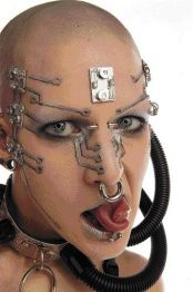 Body extreme piercing